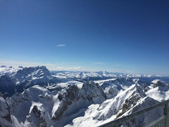 Dolomiti Ski Tour : Utsikt från Marmolada