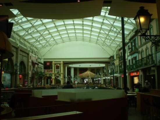 Via Catarina Shopping: Dernier étage et verrière