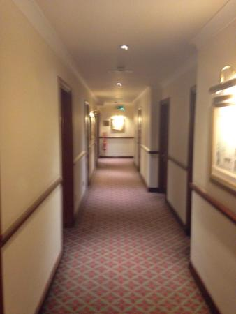 Ledsham, UK: ALL CORRIDORS IMMACULATE AS IS THE WHOLE HOTEL