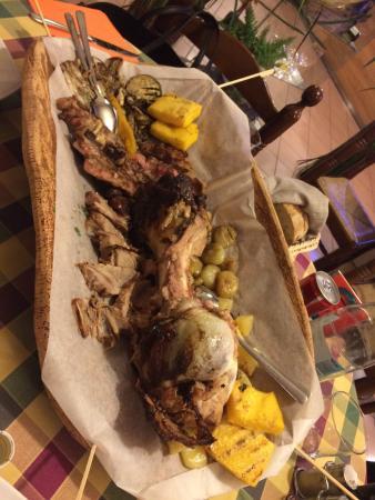 Istrana, Italia: Piatto mokambo maxi