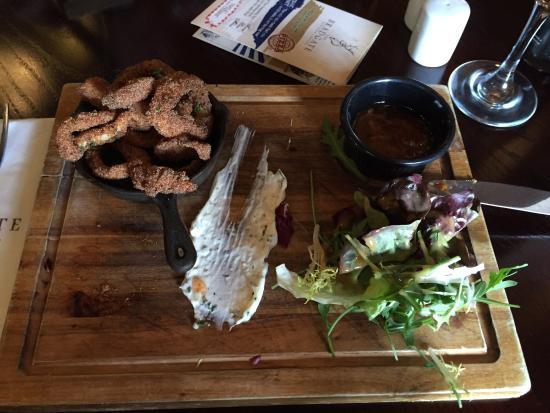 The Bradgate: Salt and spicy calamari starter