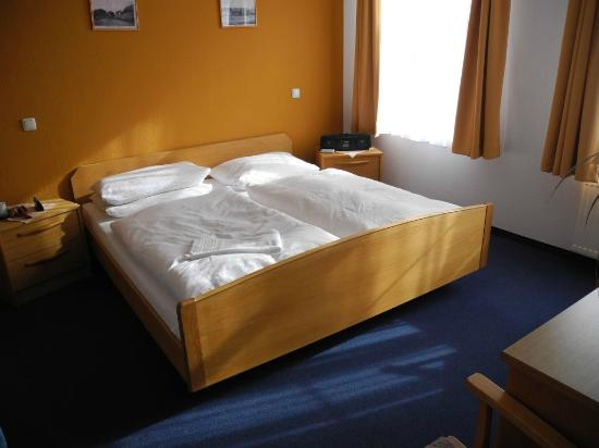 Hotel Stadt Hamburg In Rehna