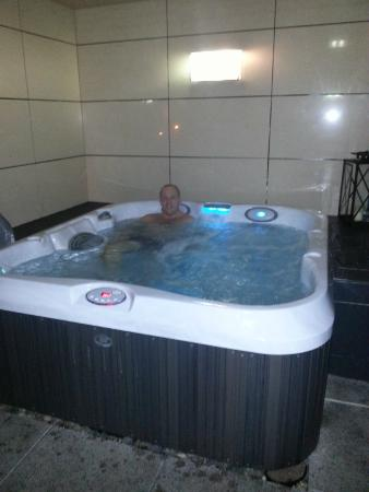 587720d590 Casa Hotel  and again. bathroom · sauna · hot tub