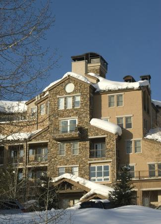 Woodrun Place: Complex exterior in winter