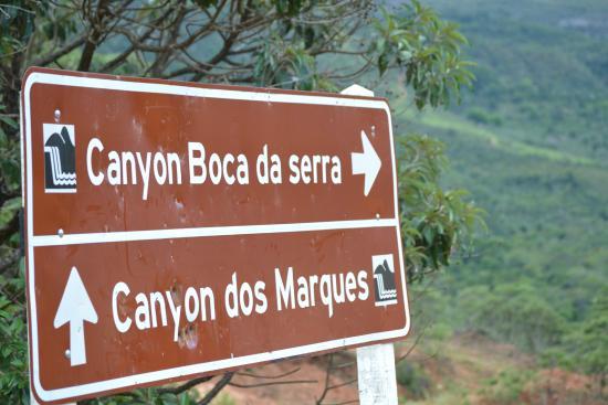 Serra Azul de Minas, MG: Cachoeiras próximas à pousada