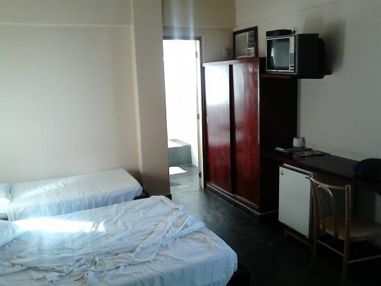 Camburi Hotel : Quarto