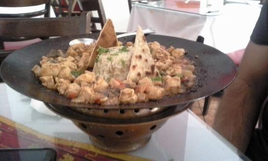 ISTANBUL : chicken dish