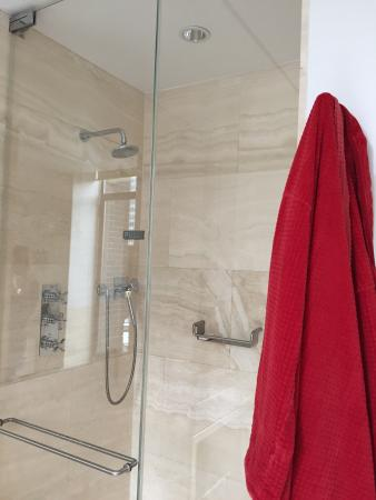 The Bryant Park Hotel: Banheiro!