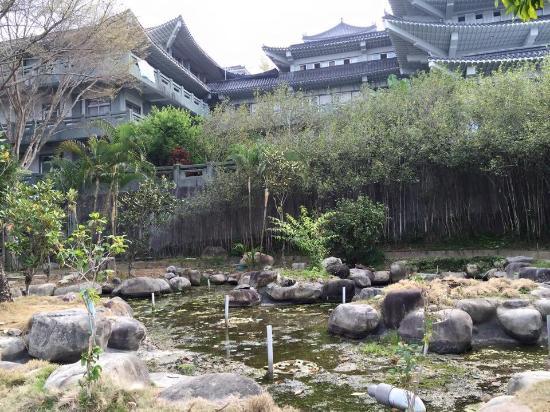 Baihao Buddhist Temple