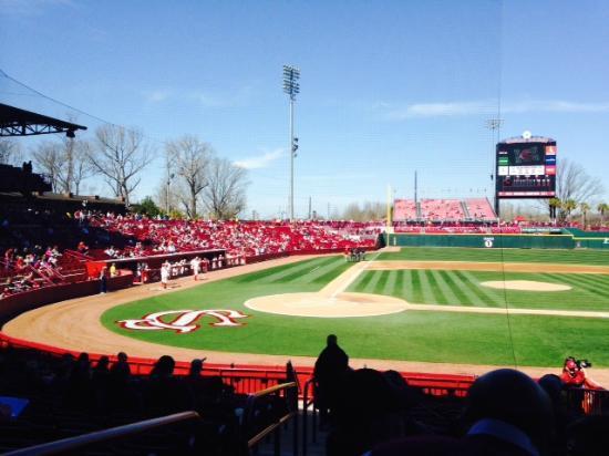 Carolina Stadium, Mar 2015 - Picture of Founders Park ...