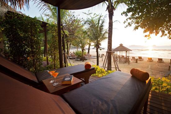 Tup Kaek Sunset Beach Resort Deluxe Front
