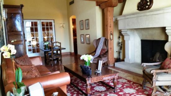 Jordan Vineyard & Winery: Suite 1 Living Room