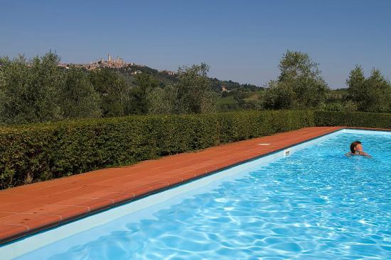 Pietrafitta Podere La Costa: The swiming pool near the house