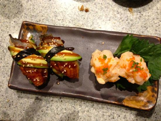 Alice's Steak & Sushi : Scallop sushi and baked eel with avocado