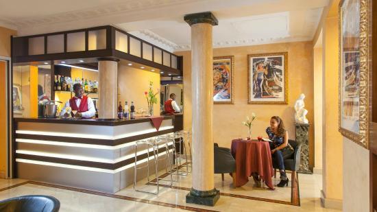 Hotel Europa: Bar
