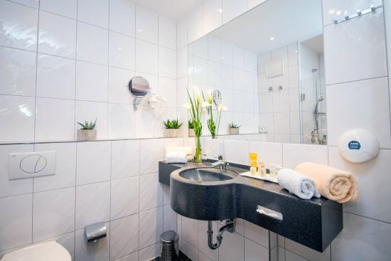 Hotel Goldener Pflug : Badezimmer