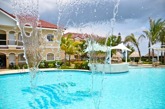 El Sol Balcony Overlooking The Ocean Picture Of Moonbay Marina Leisure Resort Subic Bay