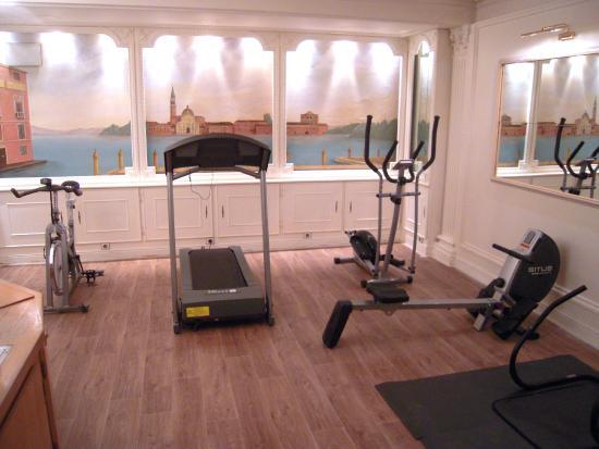 Hotel Princesse Caroline: Fitness room