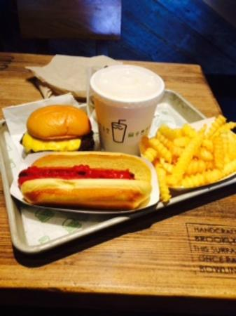 Shackburger Picture Of Shake Shack New Haven Tripadvisor