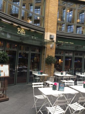 Outside Seating Picture Of Bill S Covent Garden St Martin S Courtyard London Tripadvisor