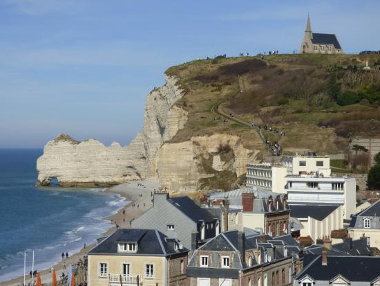 La falaise d 39 amont 2 picture of falaise d 39 etretat for Piscine falaise
