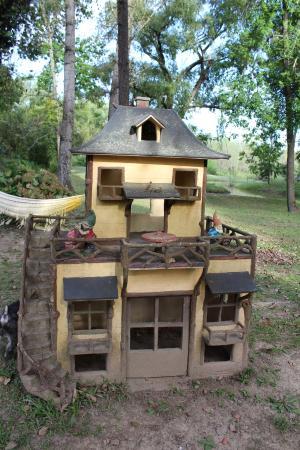 Reserva La Juana : Casita de muñecos