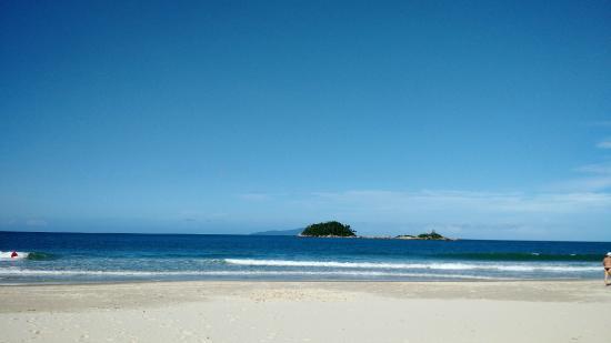 Praia de Palmas do Arvoredo - Gov. Celso Ramos - SC