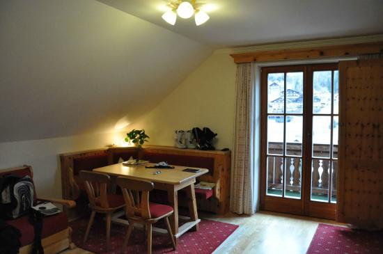 Cucina e soggiorno open space l i v i n g r o o m