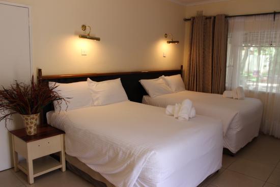 Pamusha Lodge: twin double room
