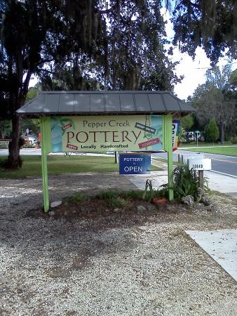 ‪Pepper Creek Pottery‬