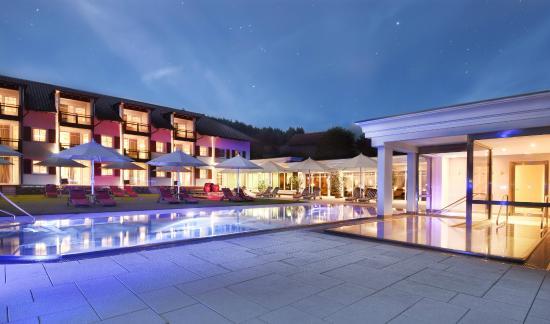 Landromantik Wellness Hotel Oswald: Wellnessgarten