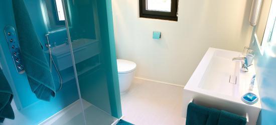 Nulle part Ailleurs : Salle de douche chambre Evasion