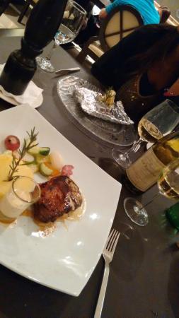 Restaurant Diplomatic Hotel: Cena!