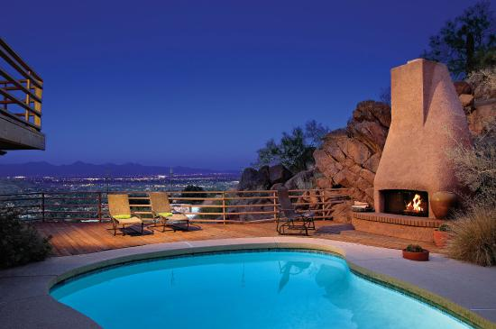Sanctuary Camelback Mountain: HiLobHome
