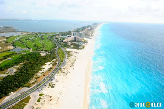 Holiday Inn Express Cancun Zona Hotelera: Area Attractions