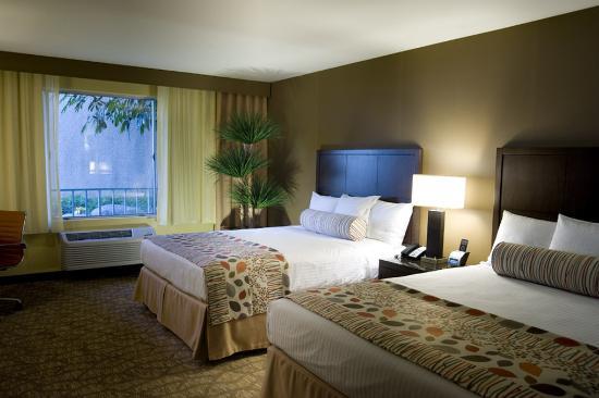 Airtel Plaza Hotel: Preferred Queen/Queen