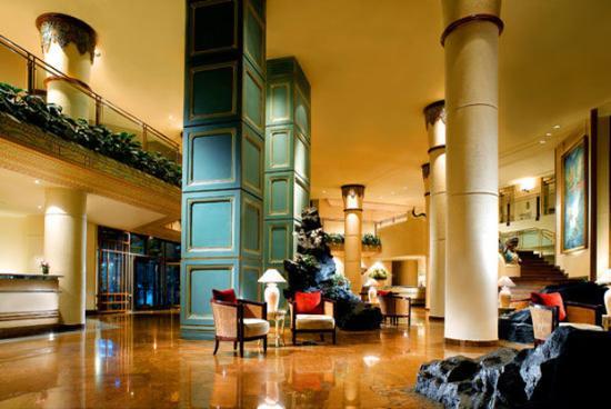 เลอ เมอริเดียน จาร์กาตา: Lobby Area