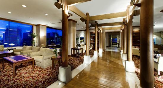 เลอ เมอริเดียน จาร์กาตา: Le Royal Club Lounge