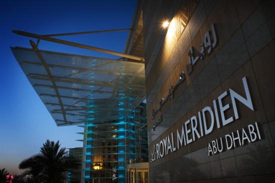 Le Royal Meridien Abu Dhabi : Exterior