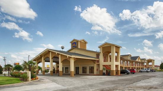 Photo of Best Western Country Inn Terrell