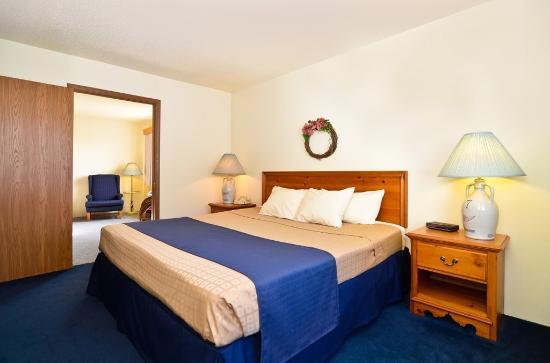 Cozy House & Suites