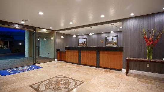 Best Western Oceanside Inn: Lobby