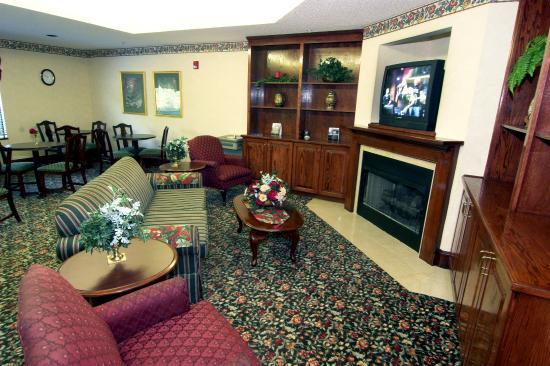 Days Inn Burlington East: Lobby