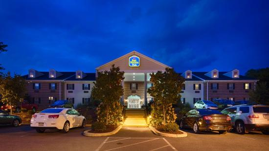 BEST WESTERN PLUS Country Cupboard Inn: Exterior