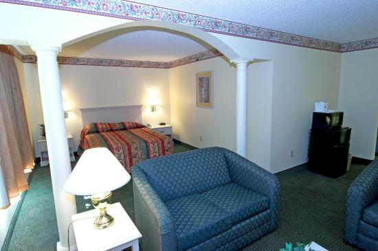 Haw River, Carolina del Norte: King Suite