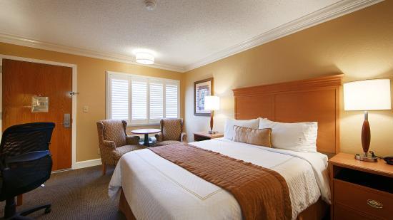 Best Western Plus El Rancho Inn: Queen Guest Room