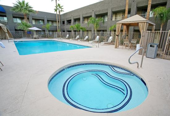 Photo of BEST WESTERN Innsuites Phoenix Biltmore