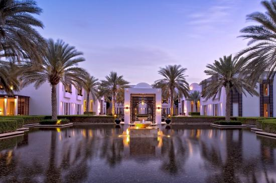The Chedi Muscat – a GHM hotel : Water Gardens
