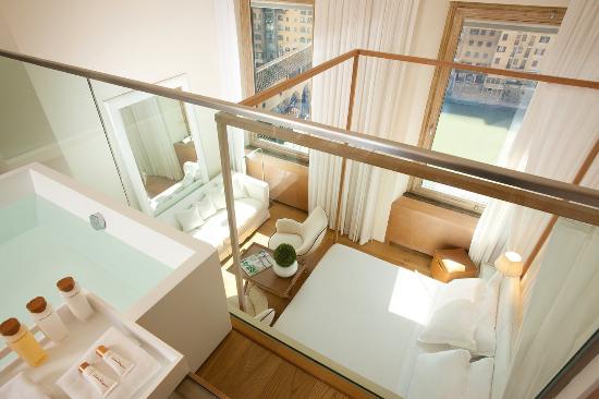 Continentale: Penthouse River View Suite
