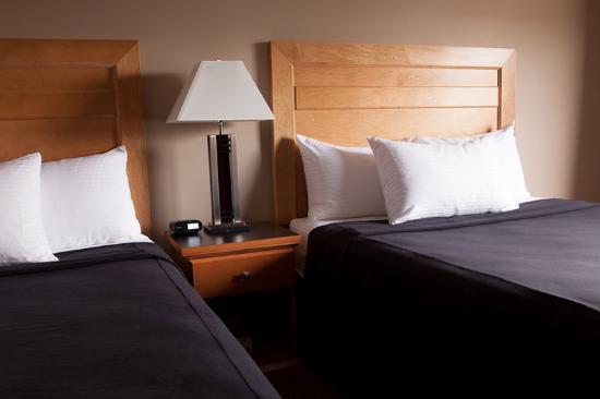Executive Royal Hotel Edmonton: Other Hotel Services/Amenities